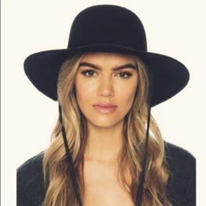 Accessories - Tiller style 100% wool hat